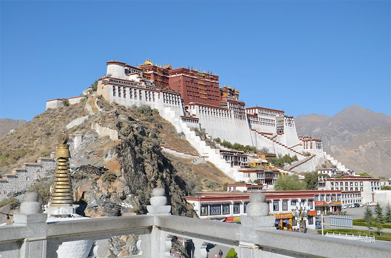 Getting into Lhasa, Tibet by Air