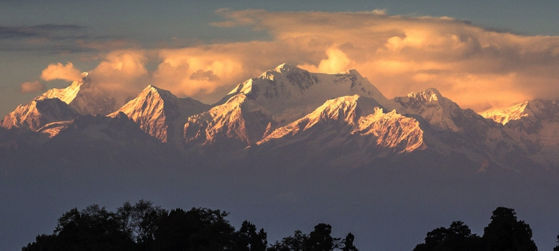 Five Treasures of the Snow - Kanchenjunga